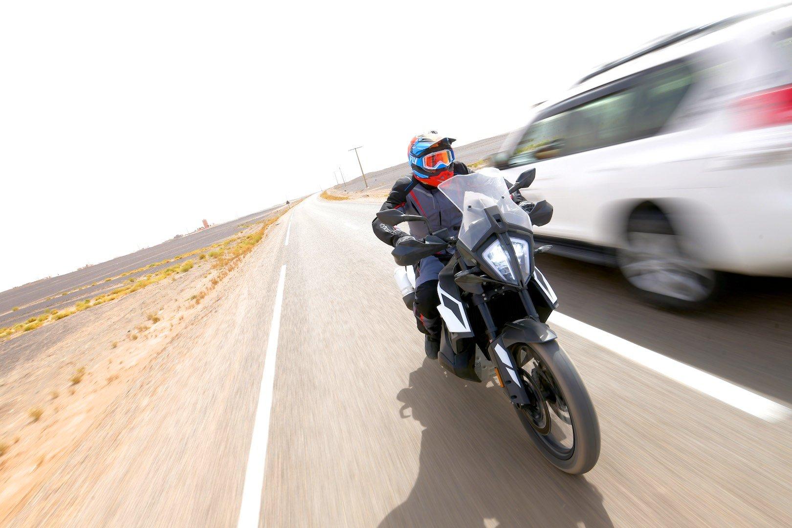 2019 KTM 790 Adventure top speed