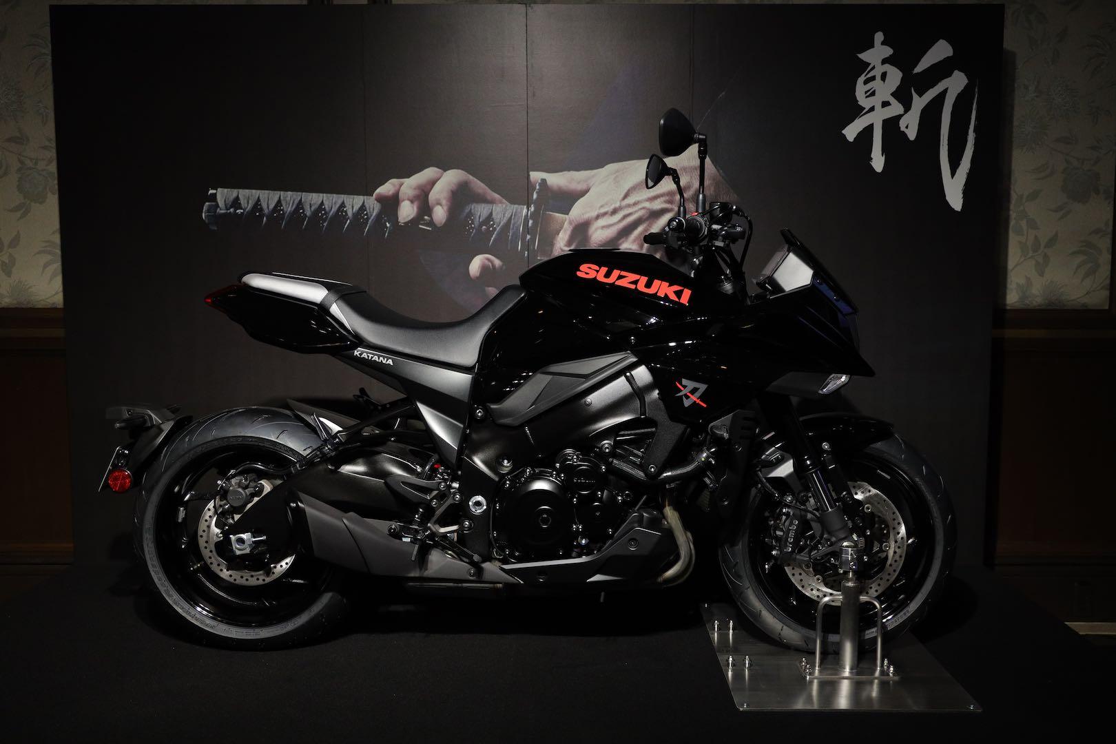 2020 Suzuki Katana in glossy black
