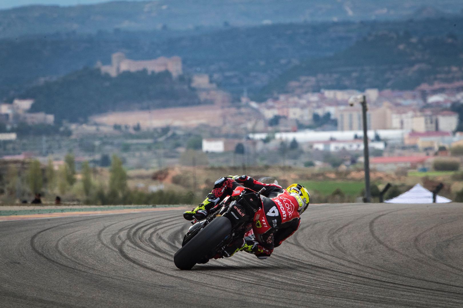 2019 Aragon WorldSBK: Bautista & Ducati #1 Once Again