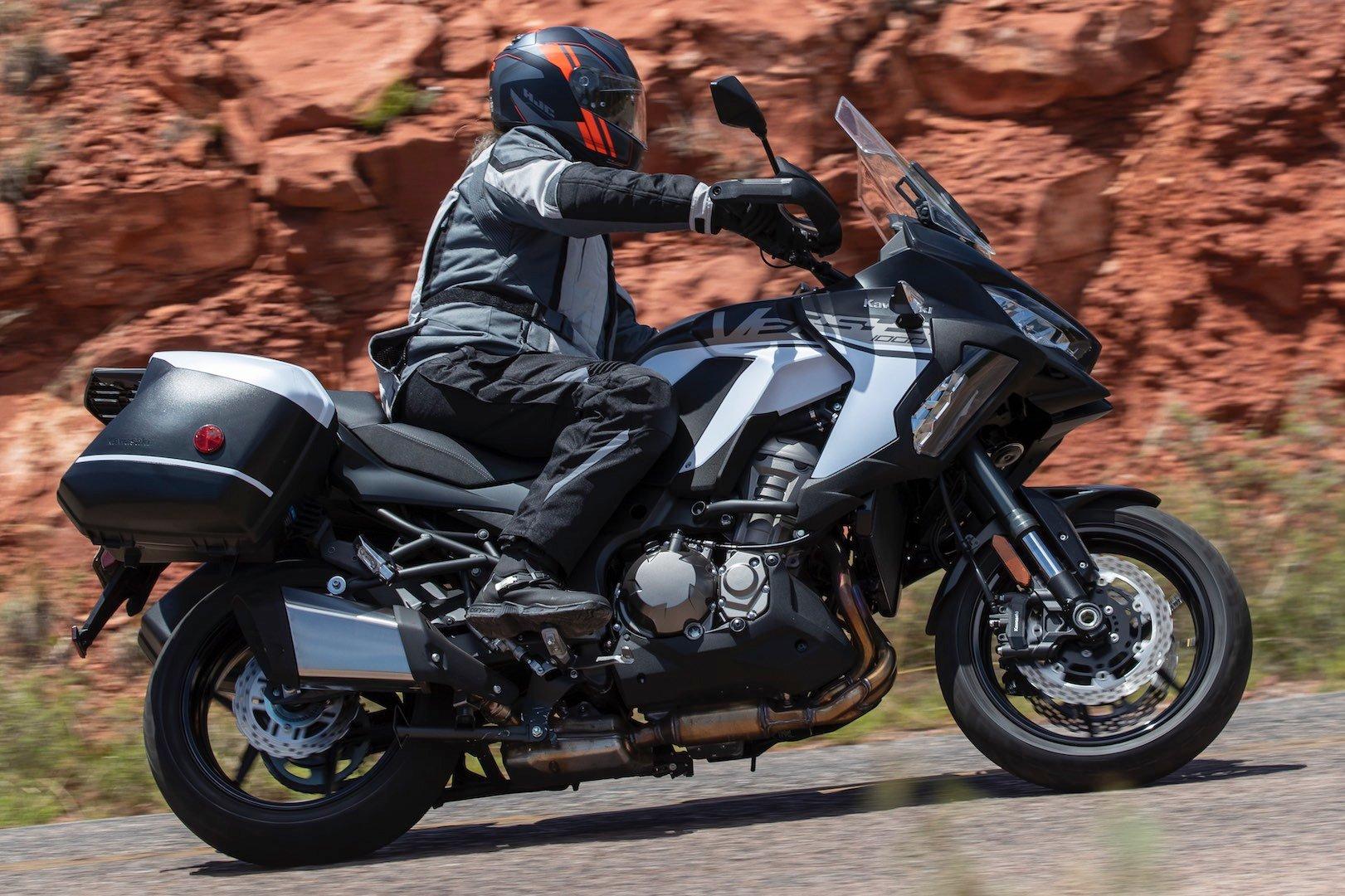 2019 Kawasaki Versys 1000 SE LT+ Review (19 Fast Facts)