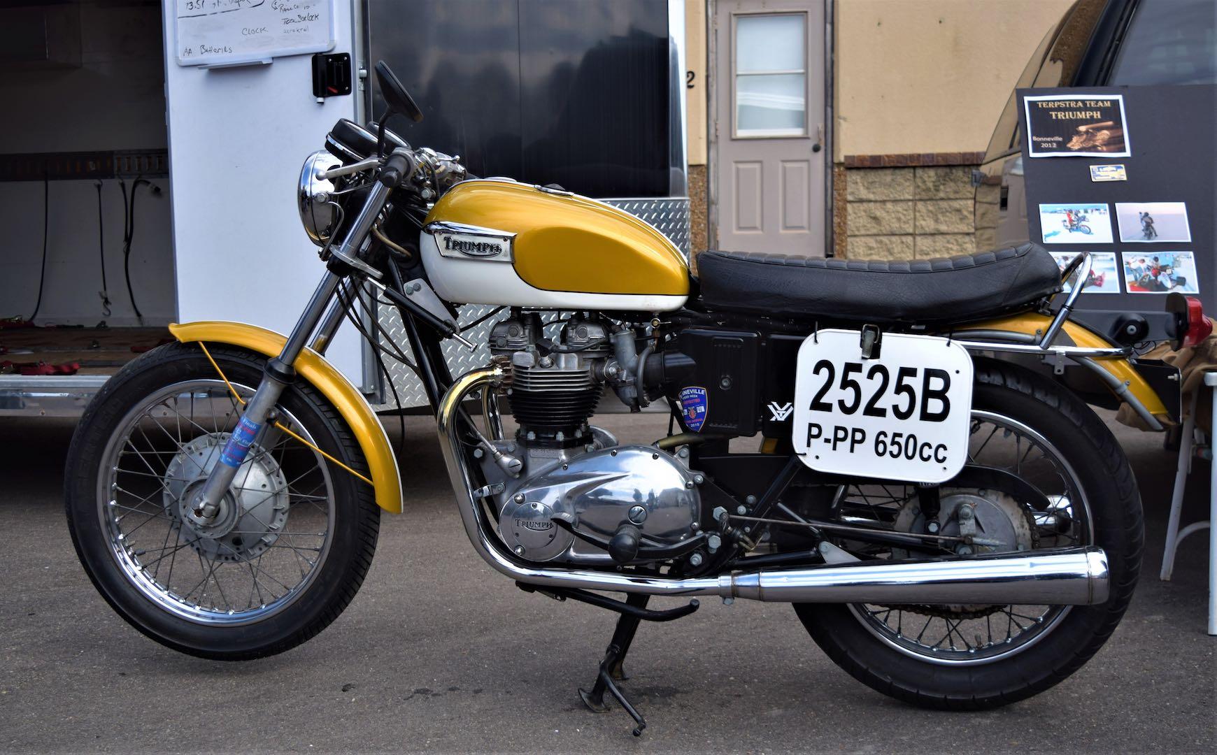 Lew Terpstra's 1971 Triumph Bonneville 650