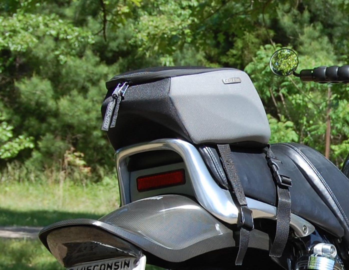 V-max luggage
