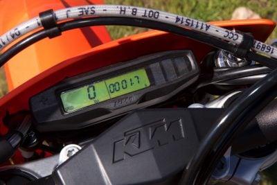 EXC-F gauges