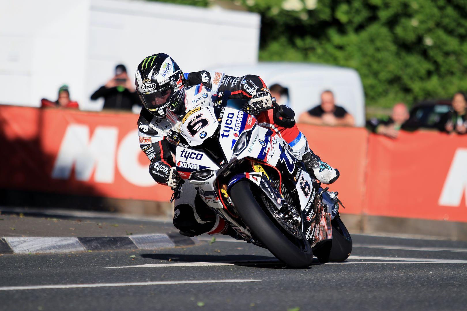 Michael Dunlop in Supersport TT