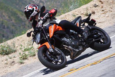 2019 KTM 790 Duke Review