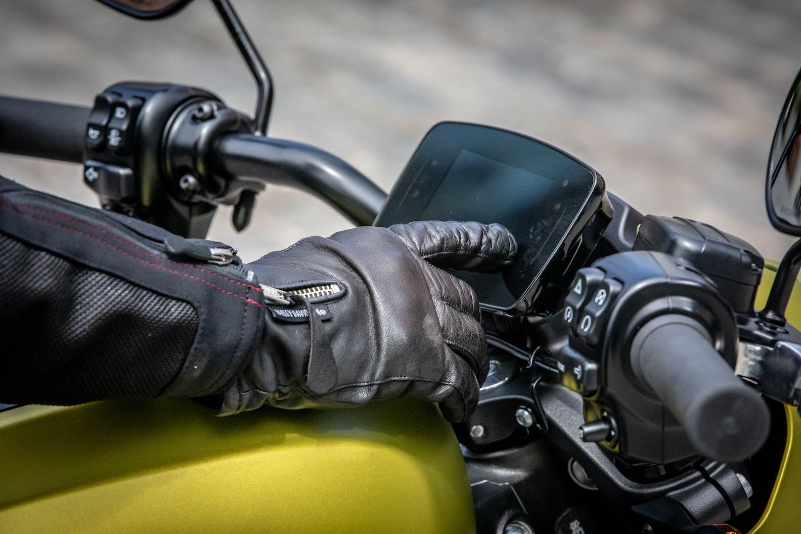Harley LiveWire touchscreen dash