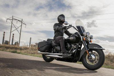 2020 Harley-Davidson Heritage Classic - riding