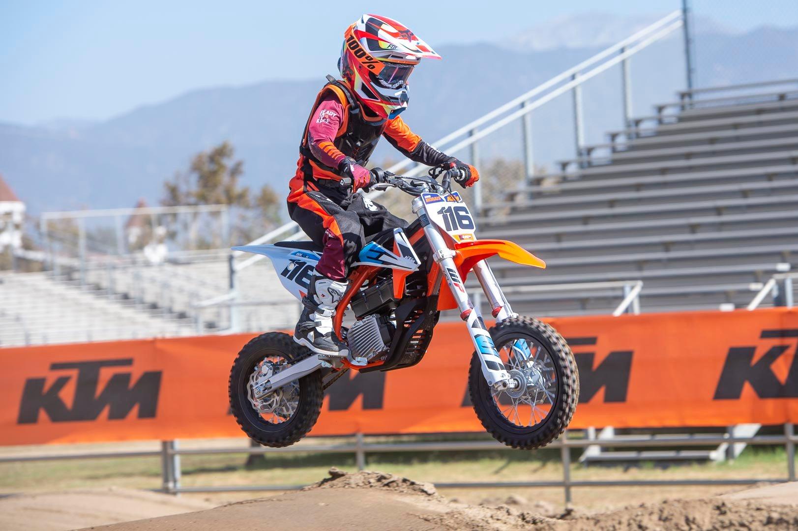 2020 Ktm Sx E 5 Review Electric Mini Motocrosser 15 Fast Facts