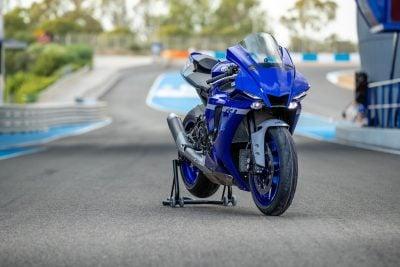 2020 Yamaha R1 specs