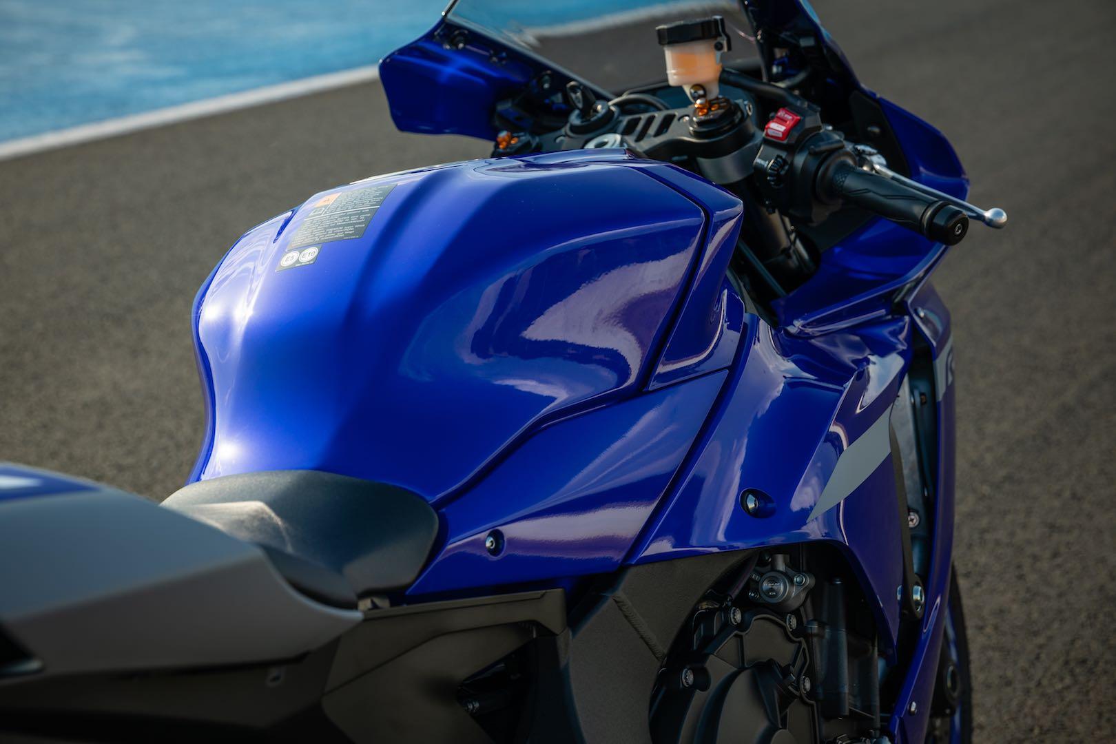 2020 Yamaha R1 test