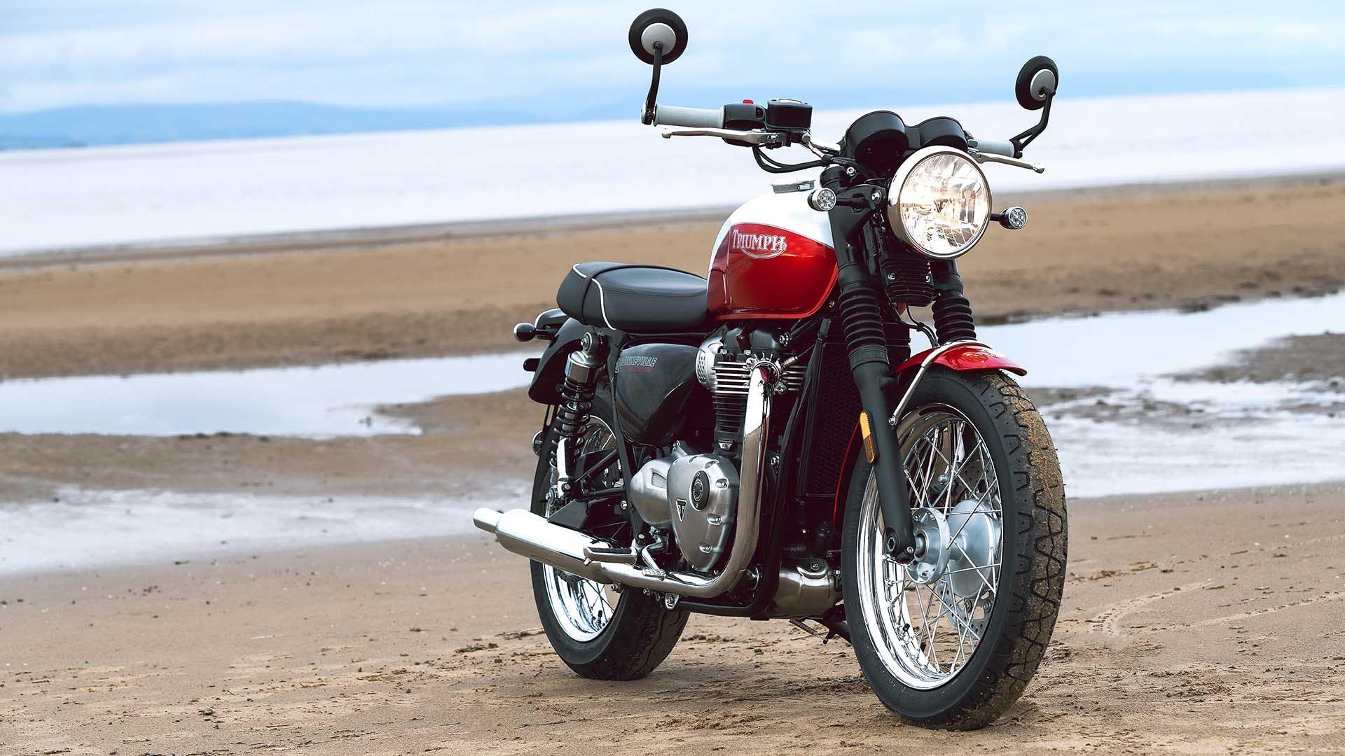 Special Edition Triumph Ekins T100